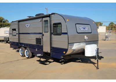 Retro Travel Trailers 199FKS