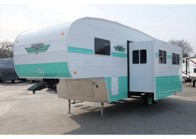 Riverside Retro Fifth Wheel